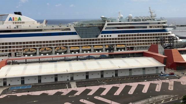 Canarias abre puertos a TUI y Hapag para cruceros