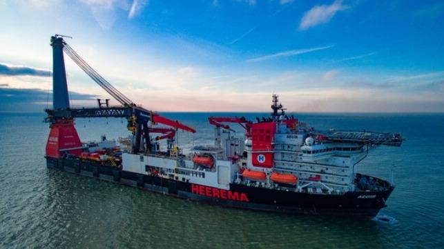 Incidente de hincado de pilotes a bordo del barco de carga pesada Heerema
