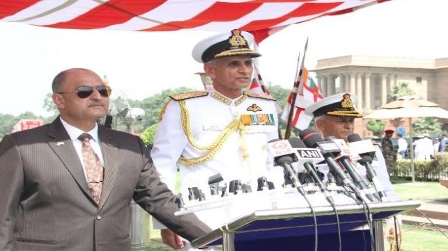 El nuevo jefe del Estado Mayor Naval asume el mando de la Armada de la India