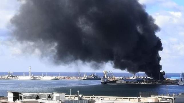 Terminal de proyectiles del ejército nacional libio en el puerto de Trípoli
