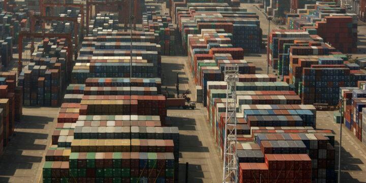 Las importaciones marítimas de China crecen al ritmo más rápido en décadas