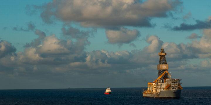 Transocean llega a un acuerdo por el retraso en la entrega de nuevos buques de perforación en aguas ultraprofundas